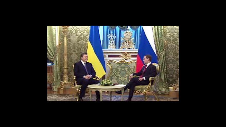 Video Janukovyč přijel do Moskvy