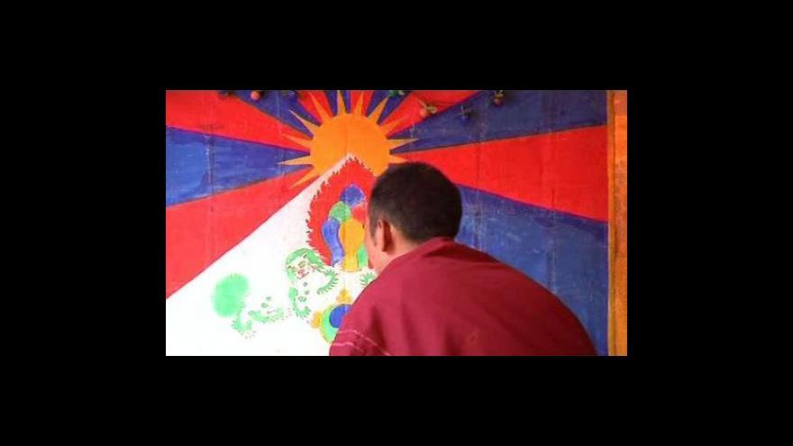 Video Mniši se modlí za dalajlamovu schůzky s Obamou