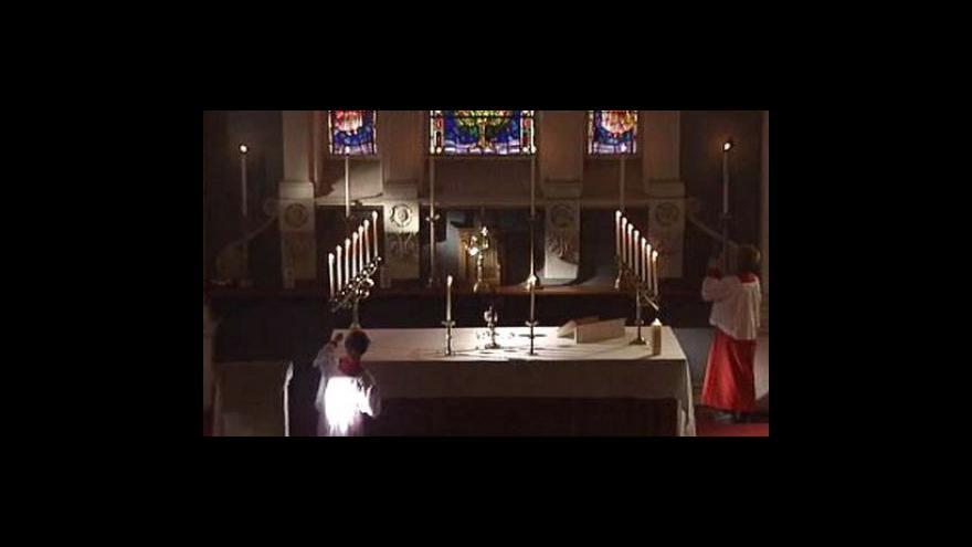 Video Papež nadále řeší aféru zneužívání dětí