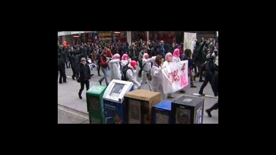 Video Protesty ve Vancouveru