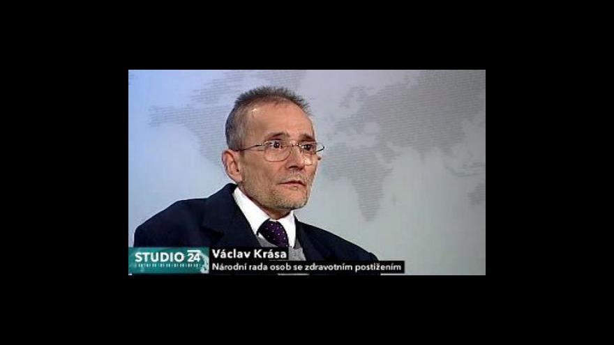 Video Studio ČT24 o změně zákona o hmotné nouzi