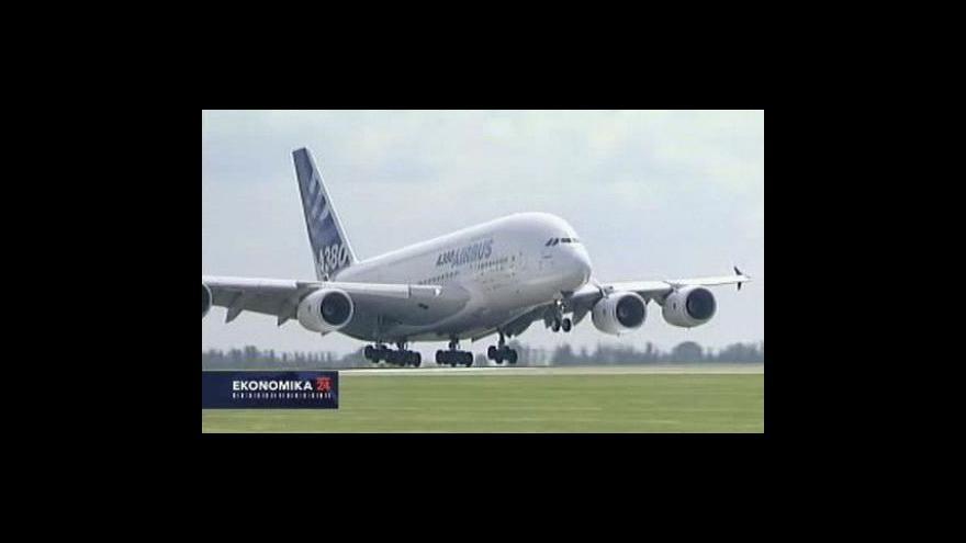 Video Asie má zachránit letecký průmysl