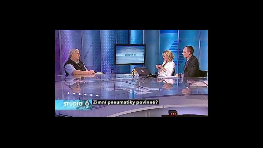 Video Telefonát Karla Hanzelky a rozhovor s Janem Pechoutem