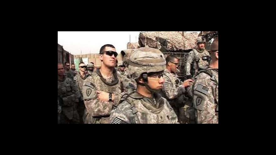 Video Pentagon mění strategii