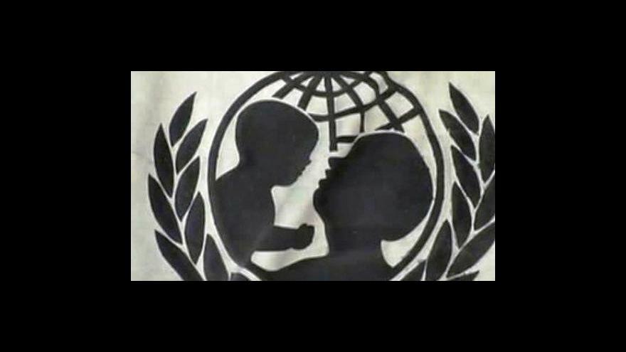 Video Co se stane se sirotky na Haiti?