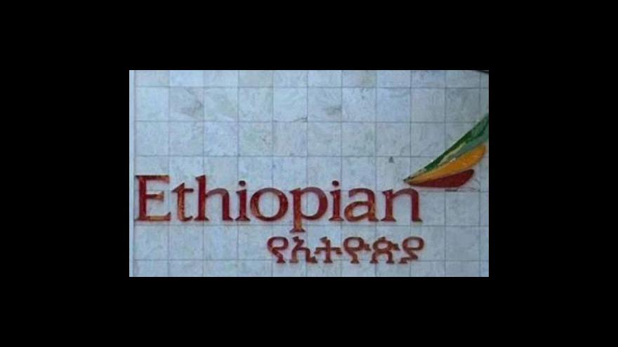 Video Pád etiopského letadla zřejmě nikdo nepřežil