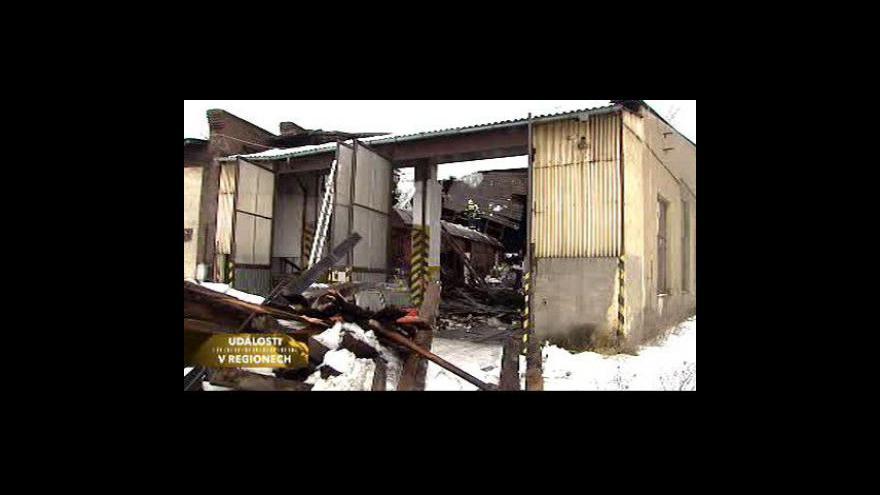 Video Ve Zdicích se zřítila střecha