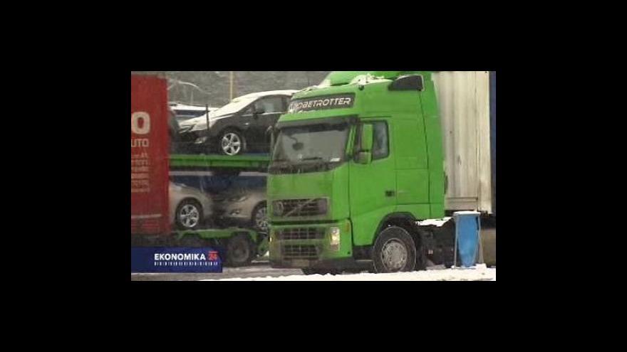 Video Ekonomika ČT24: Dražší páteční mýtné