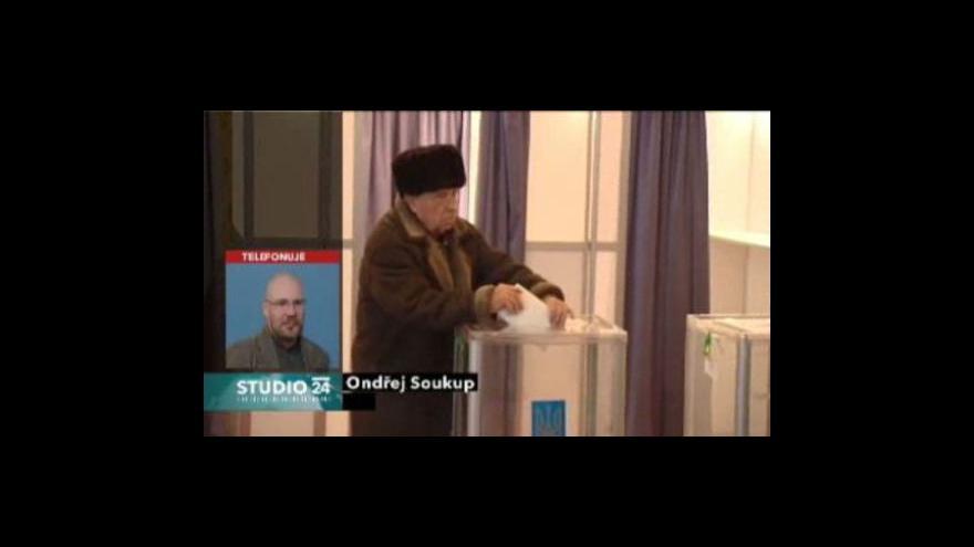 Video Studio ČT24 o volbách na Ukrajině