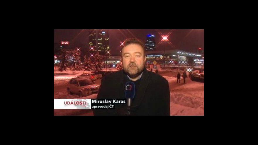 Video Sníh stále ochromuje život v Evropě