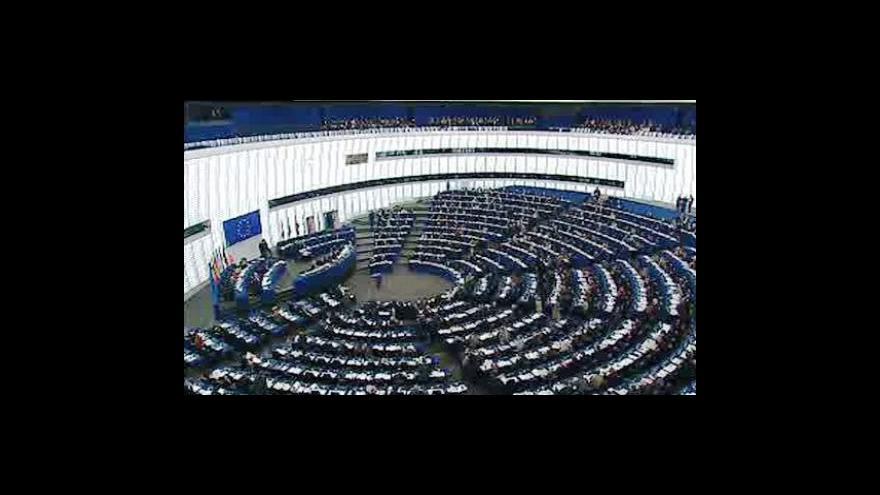 Video Eurokomisaře čeká grilování