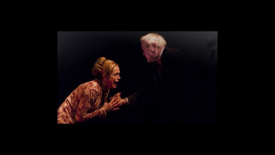 Video Události, komentáře o premiéře Marie Stuartovmy