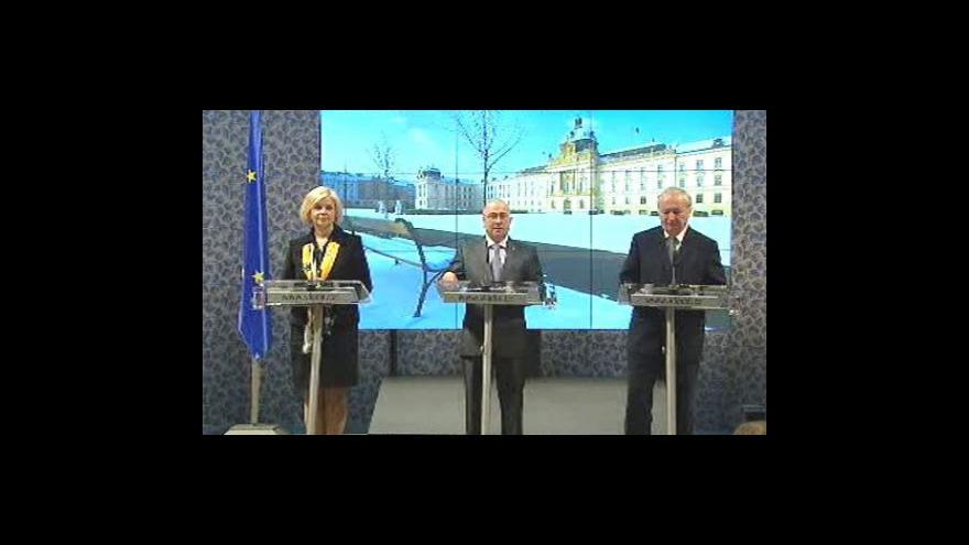 Video Vláda povolila přikyselování vína