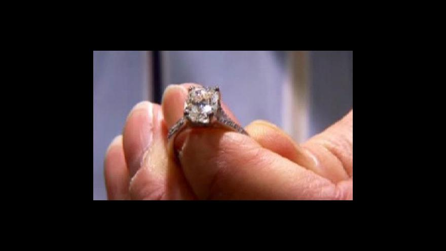 Video Umělé diamanty chtějí zatopit těm přírodním