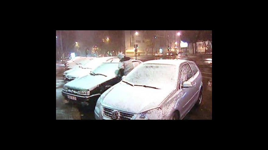 Video Španělsko překvapila sněhová nadílka
