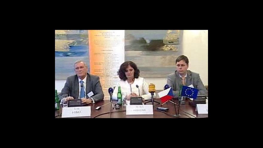 Video Brífink k analýze OECD