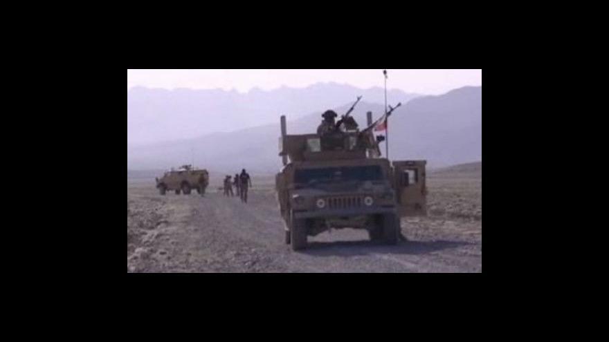 Video Do Afghánistánu by se měla vrátit polní nemocnice