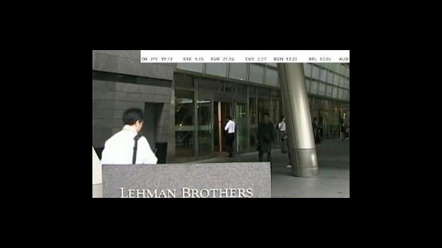 Video Fed otáčí dolarovým kormidlem
