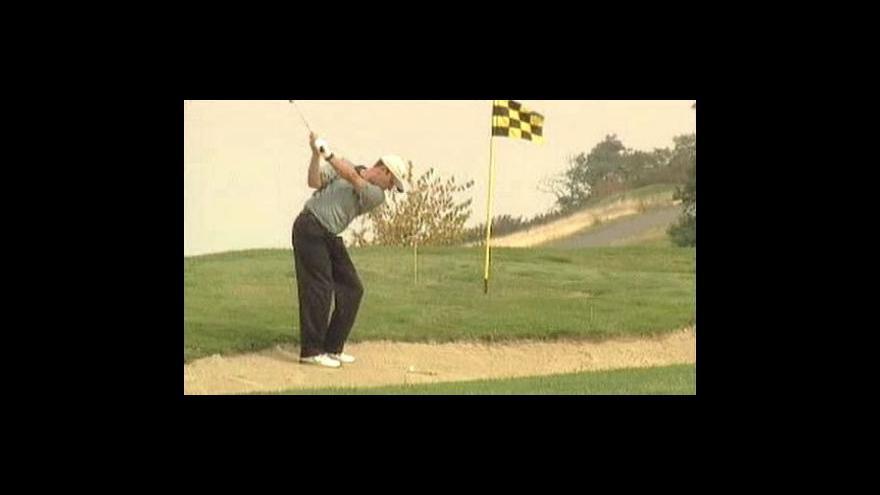 Video V Hongkongu mají golfová vozítka se solárními panely