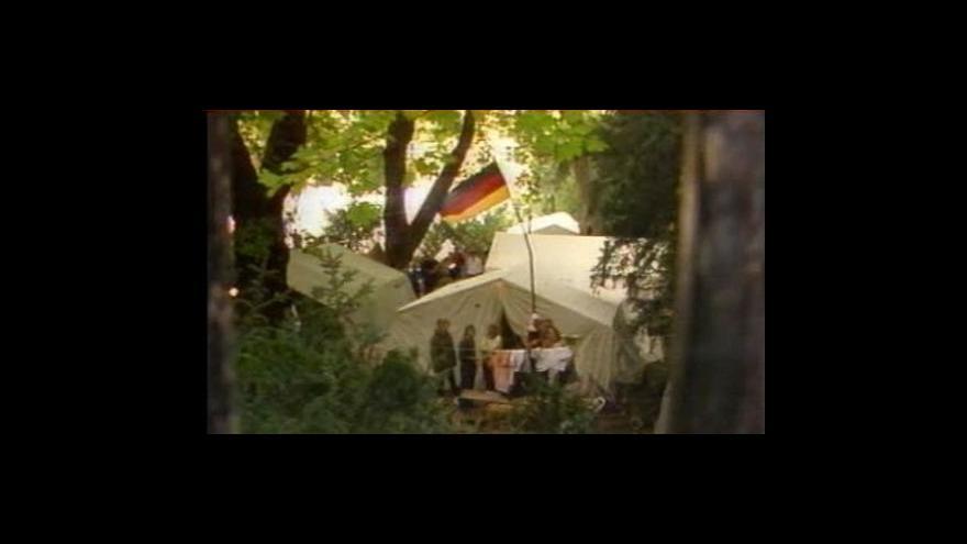 Video Velvyslanectví SRN ve stanovém obležení
