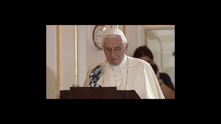 Video Projev Benedikta XVI. ve Španělském sále