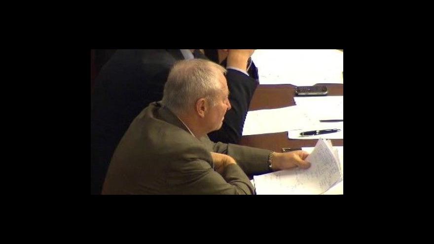 Video Vstup Jany Čermákové a reportáž Alice Schinabekové