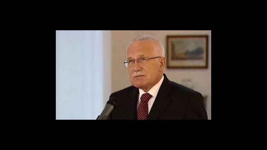 Video Brífink po setkání Václava Klause a Jiřího Paroubka