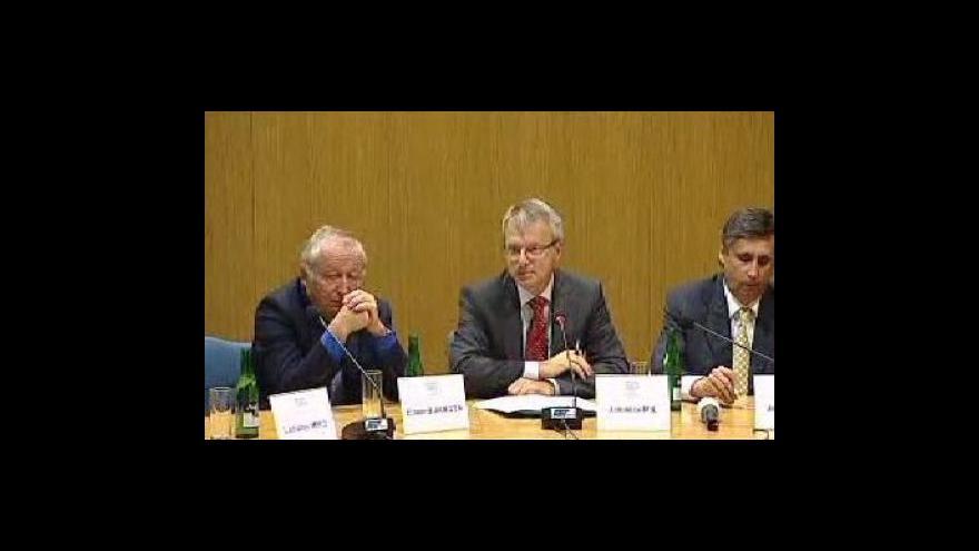 Video Brífink Svazu průmyslu a obchodu