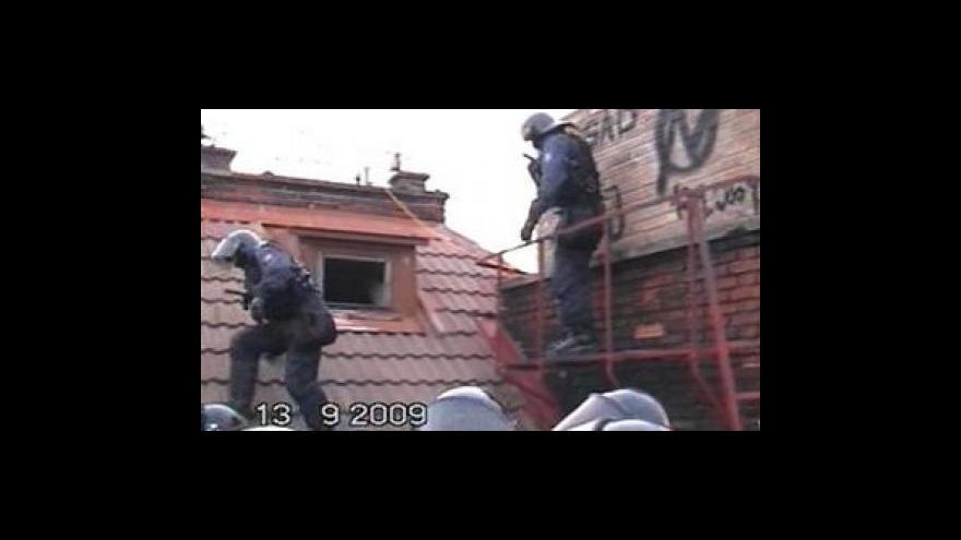 Video Policejní zásah na squattery