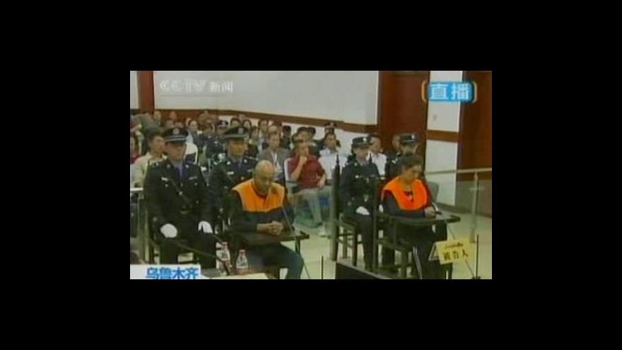 Video Vysoké tresty za útoky stříkačkou