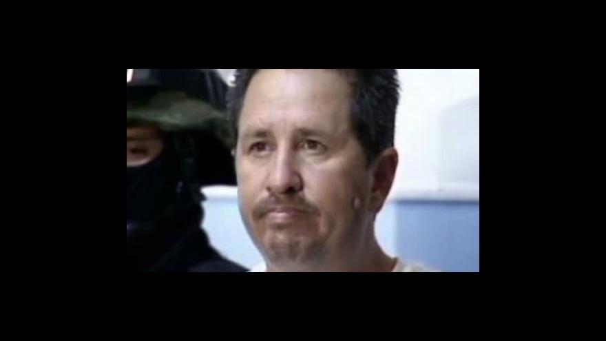 Video Mexický pastor unesl letadlo