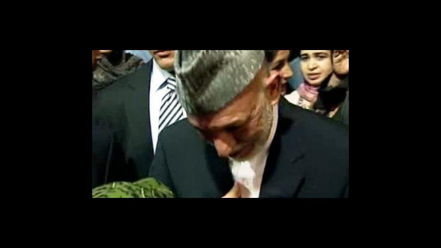 Video Karzáí nejspíš obhájil prezidentské křeslo už v prvním kolem