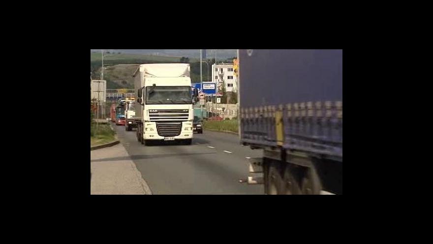 Video Vyšší mýtné v dopravní špičce
