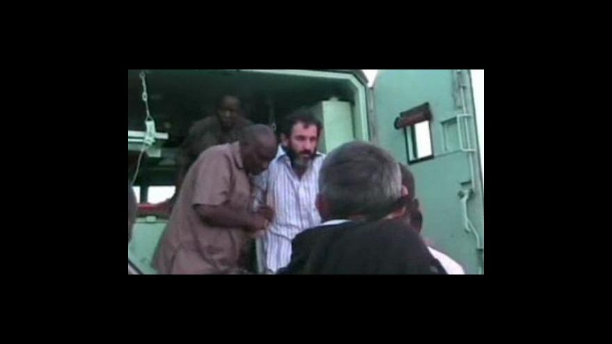 Video Unesenému Francouzovi se povedlo utéct