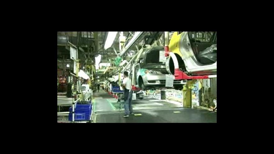 Video Toyota omezí výrobu