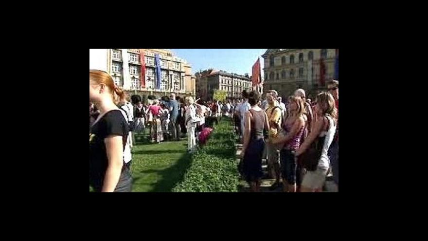 Video Protesty proti tunelování vědy