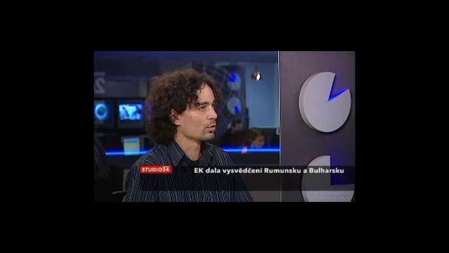 Video Rozhovor s redaktorem E15 Martinem Ježkem