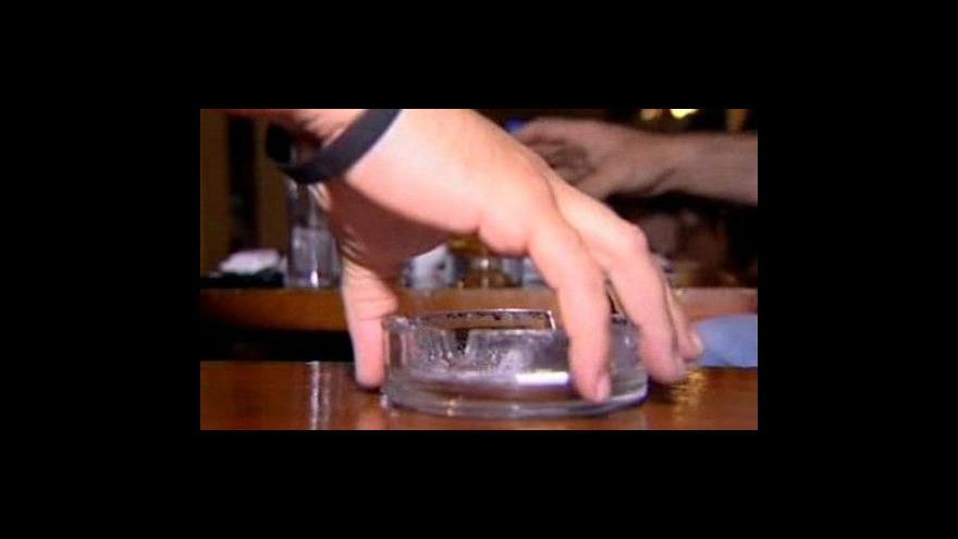 Video V tureckých restauracích se nesmí kouřit