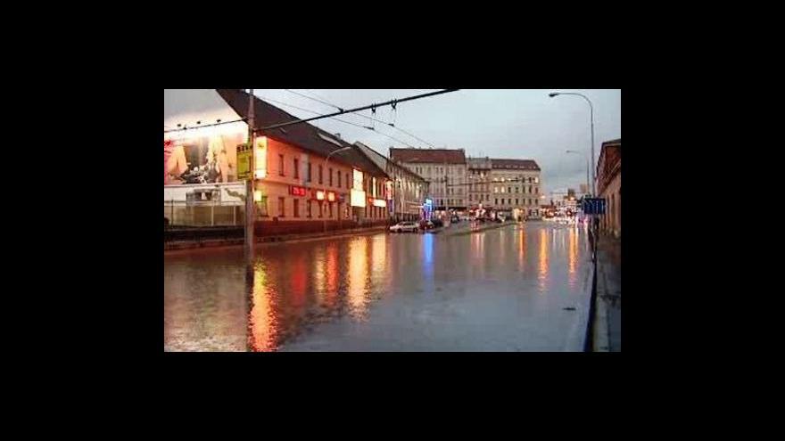 Video Do Čech opět míří bouřky