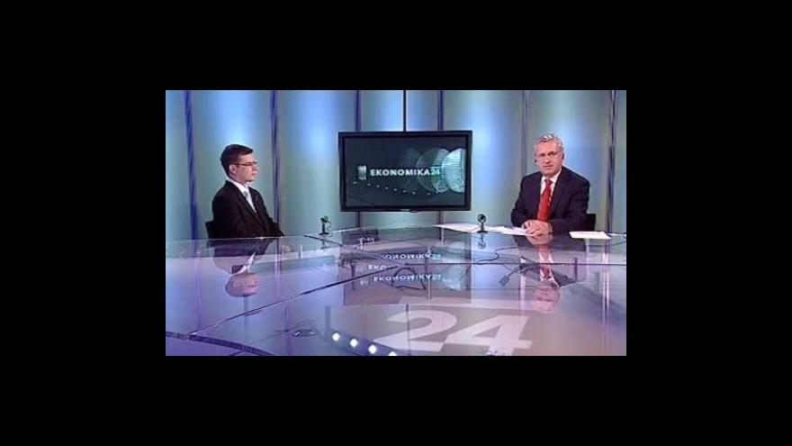 Video Rozhovor s Karlem Hanzelkou, Petrem Moosem a Karlem Feixem