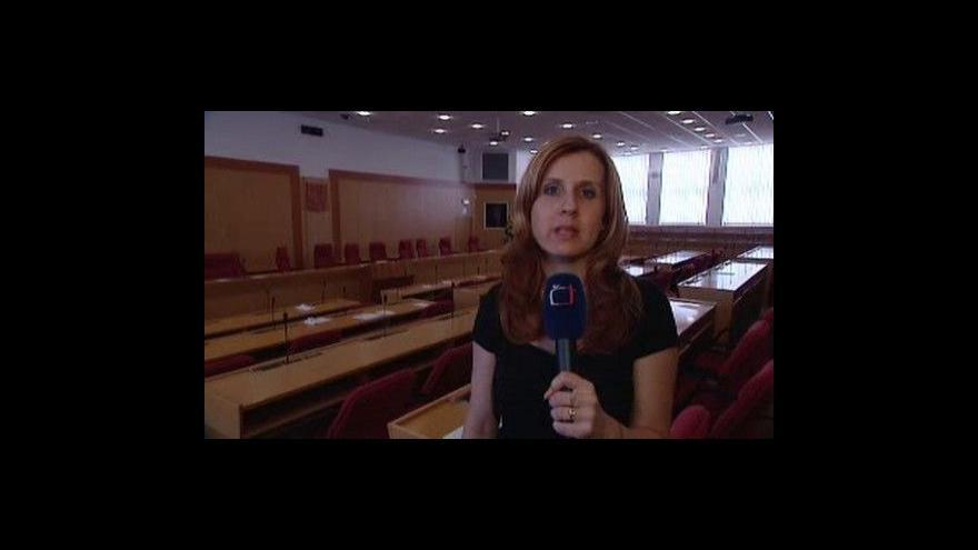 Video Moravskoslezští zastupitelé odškodňují obce