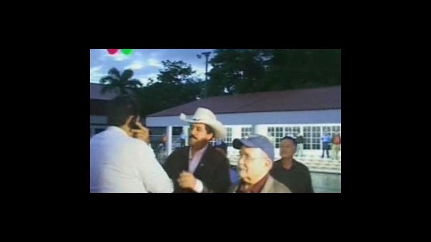 Video Bývalý honduraský prezident touží po své vlasti