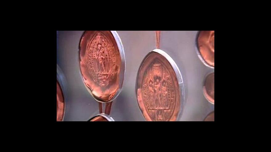 Video Korunovace Jindřicha VIII. se odehrála před 500 lety