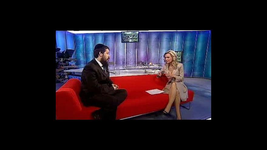 Video Rabín Manis Barash ve Studiu ČT24