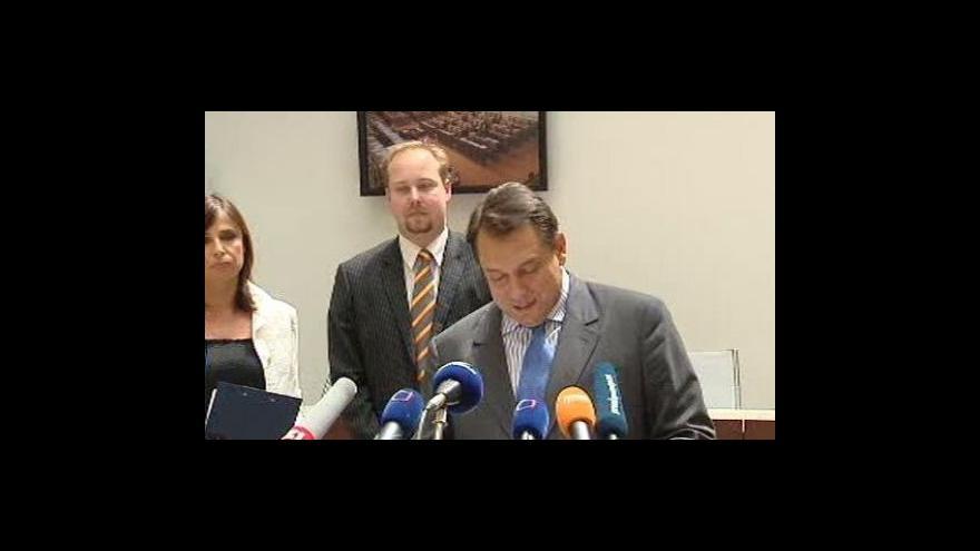 Video Brífink Jiřího Paroubka k reakci na výzvu ODS