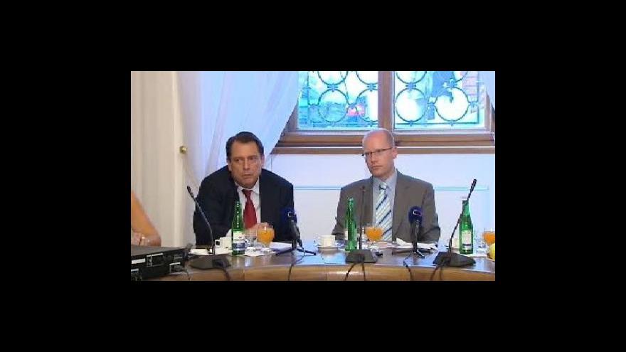 Video Brífink ČSSD k daním