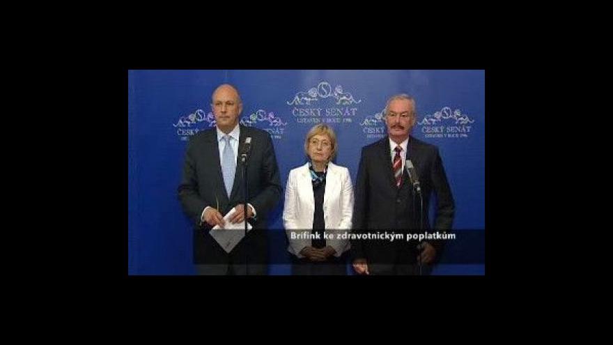 Video Brífink Sobotky a Julínka k poplatkům