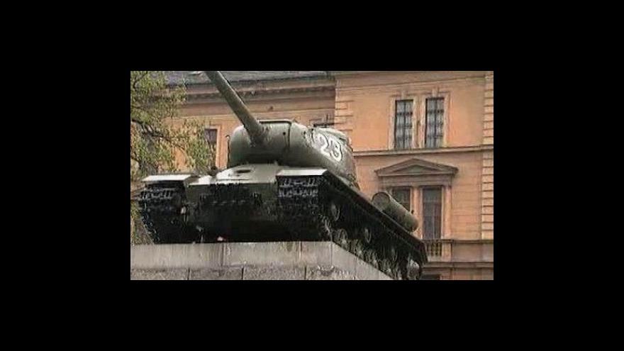 Video Odstraňování tanku a rozhovor s Davidem Černým