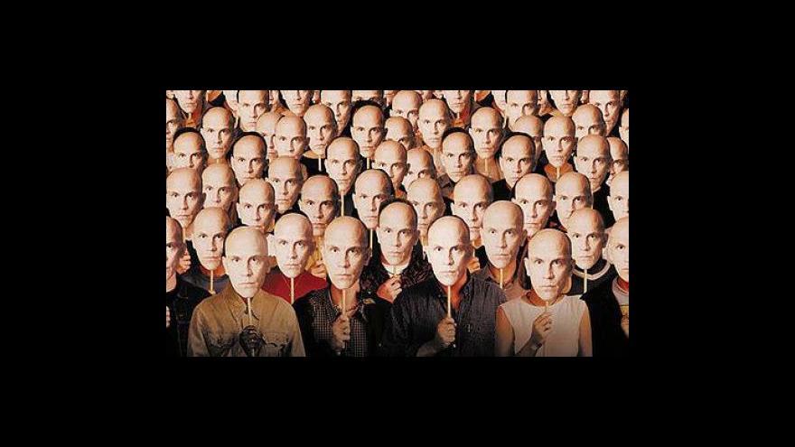 Video John Malkovich přijede na karlovarský festival