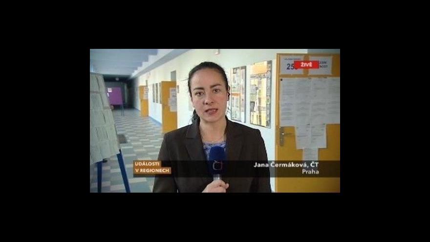 Video Ve 14:00 se po celém Česku otevřely volební místnosti